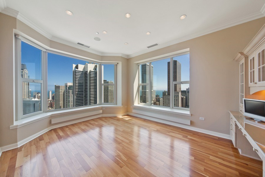 Real Estate Photography - 25 East Superior St, 4301, Chicago, IL, 60611 - Bedroom