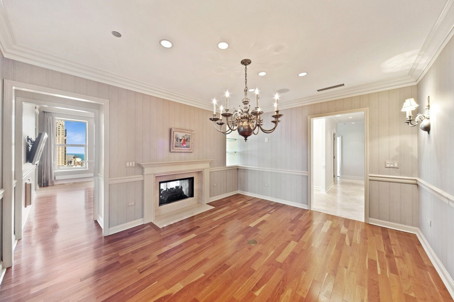 Real Estate Photography - 25 East Superior St, 4301, Chicago, IL, 60611 - Dining Room