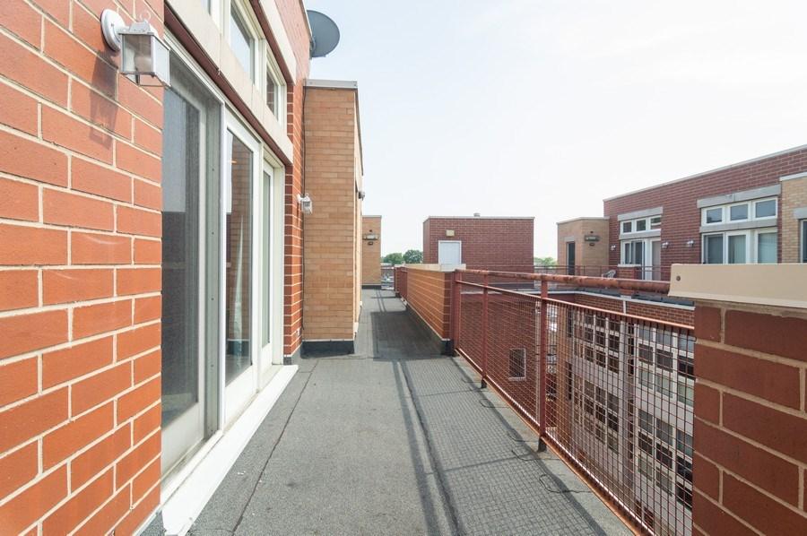 Real Estate Photography - 3337 W. IRVING PARK Road, Unit 3E, Chicago, IL, 60618 - Terrace