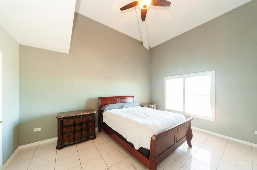 Real Estate Photography - 200 W. Campbell Street, Unit 809, Arlington Heights, IL, 60005 - Master Bedroom