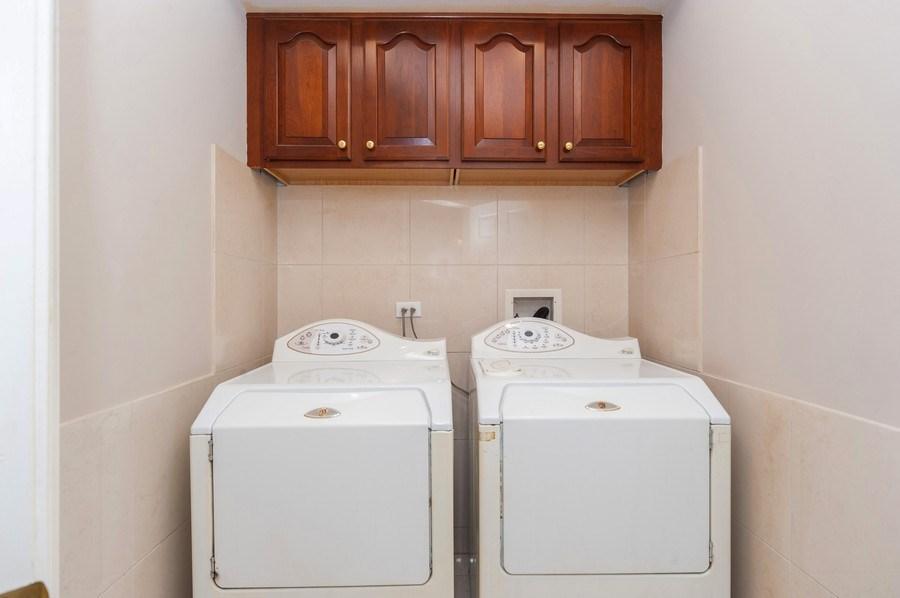 Real Estate Photography - 200 W. Campbell Street, Unit 809, Arlington Heights, IL, 60005 - Laundry Room