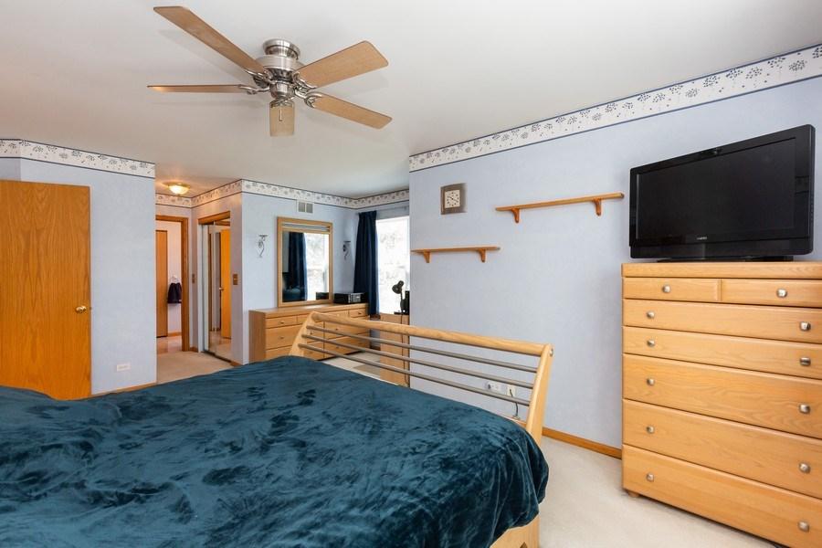 Real Estate Photography - 2445 Meadowsedge Lane, Carpentersville, IL, 60110 - MASTER BEDROOM