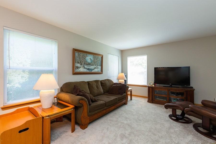 Real Estate Photography - 2445 Meadowsedge Lane, Carpentersville, IL, 60110 - FAMILY ROOM
