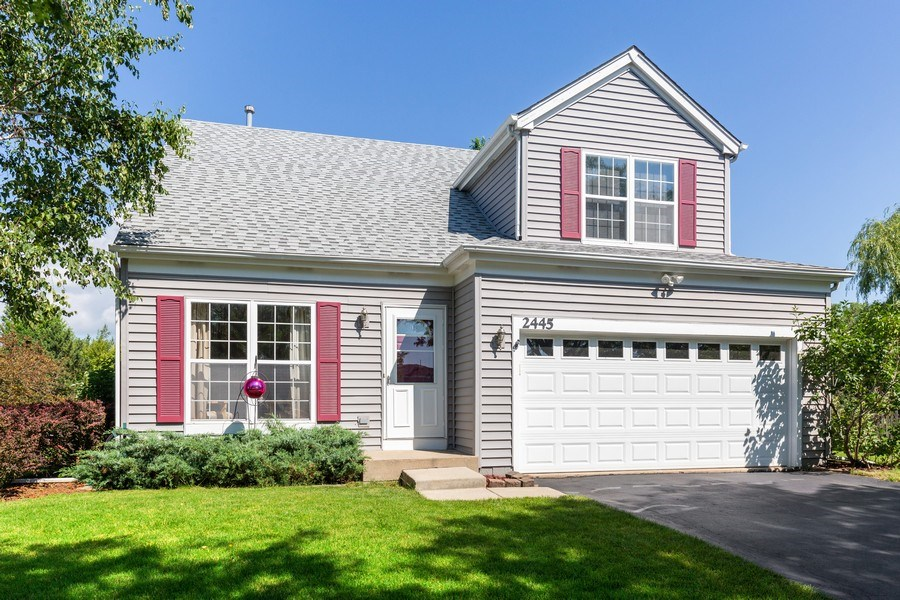 Real Estate Photography - 2445 Meadowsedge Lane, Carpentersville, IL, 60110 - FRONT VIEW--Lovely First Impression!!