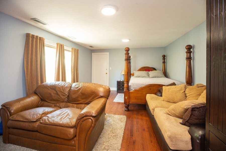 Real Estate Photography - 1115 Potter Rd, Park Ridge, IL, 60068 - 4th Bedroom
