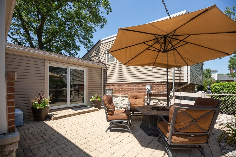 Real Estate Photography - 1115 Potter Rd, Park Ridge, IL, 60068 - Patio