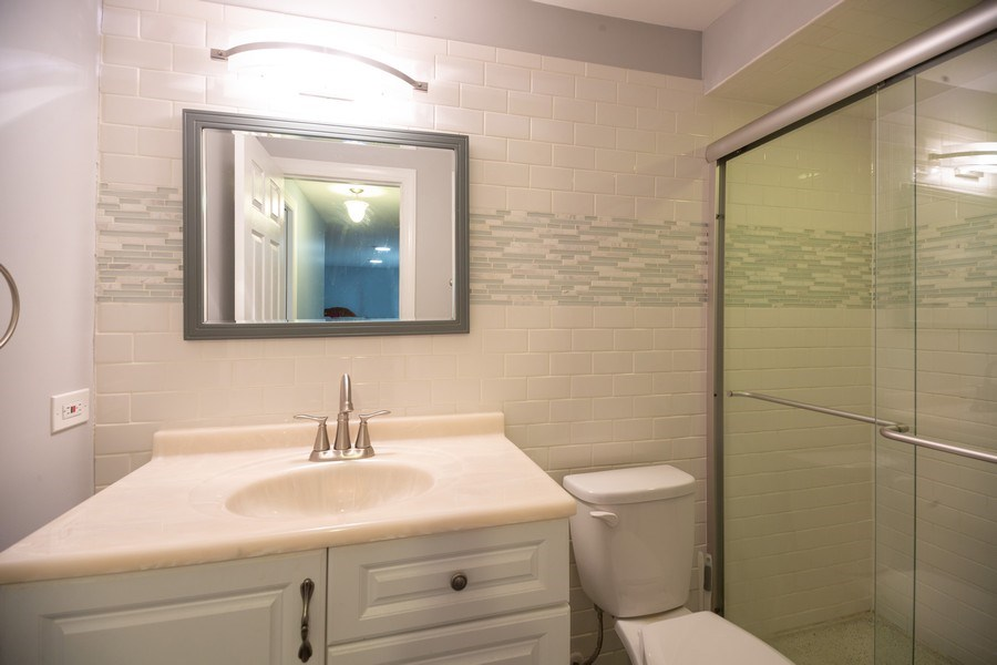 Real Estate Photography - 1115 Potter Rd, Park Ridge, IL, 60068 - 2nd Bathroom