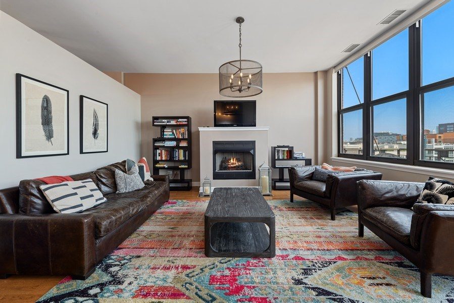 Real Estate Photography - 15 South Throop St, 606, Chicago, IL, 60607 - Living Room