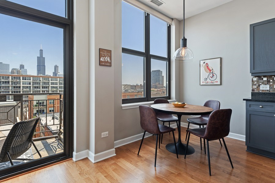 Real Estate Photography - 15 South Throop St, 606, Chicago, IL, 60607 - Dining Room