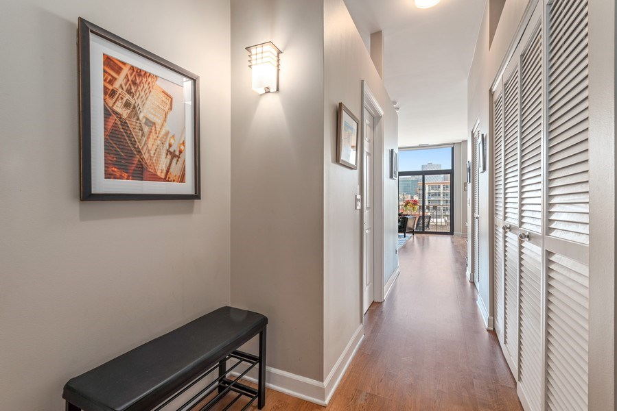 Real Estate Photography - 15 South Throop St, 606, Chicago, IL, 60607 - Foyer
