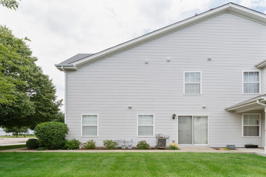 Real Estate Photography - 2454 Frost Drive, Unit 2454, Aurora, IL, 60503 - Side View