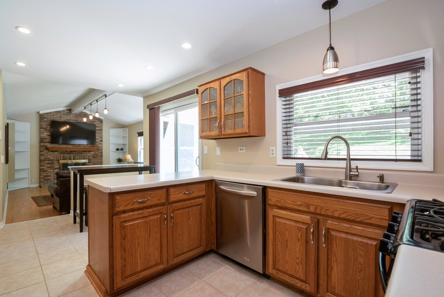 Real Estate Photography - 1065 MEGHAN Avenue, Algonquin, IL, 60102 - Kitchen