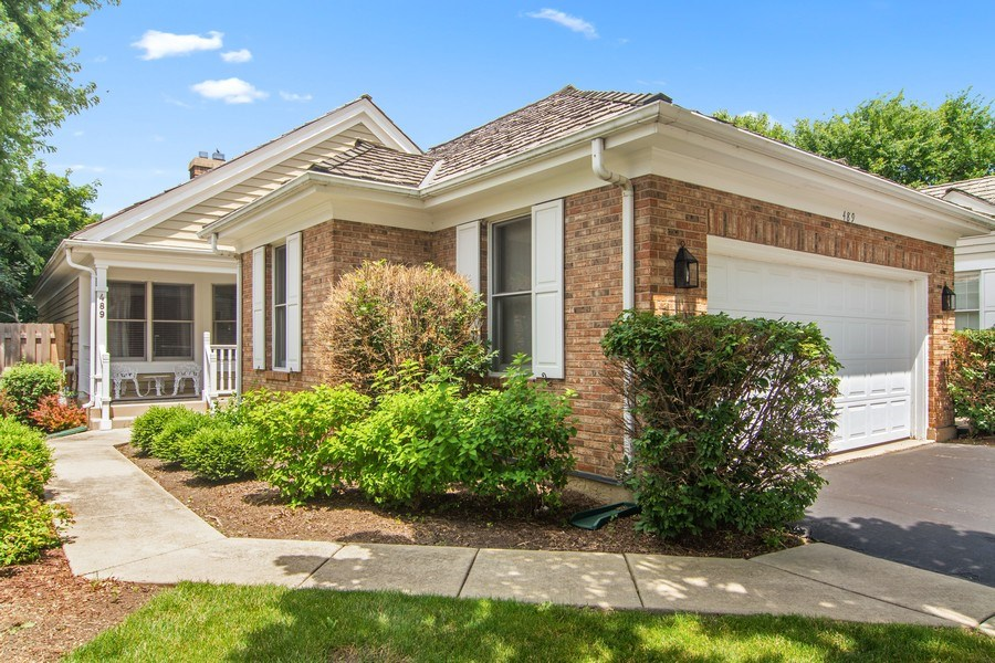 Real Estate Photography - 489 Park Barrington Drive, Barrington, IL, 60010 - Front View