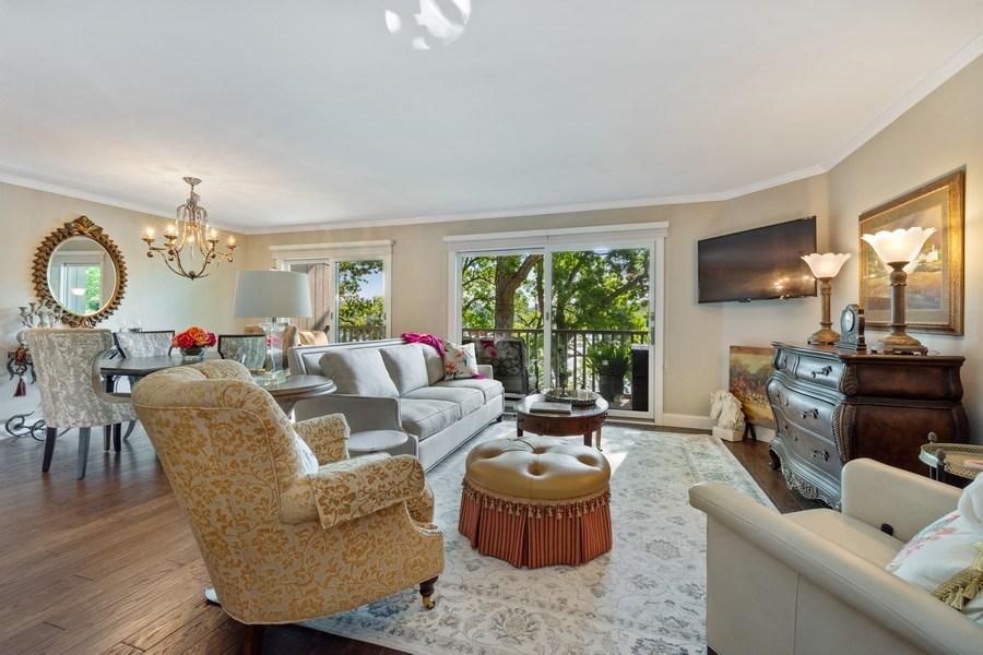 Real Estate Photography - 163 N. Shoreline Road, Lake Barrington, IL, 60010 - Living Room