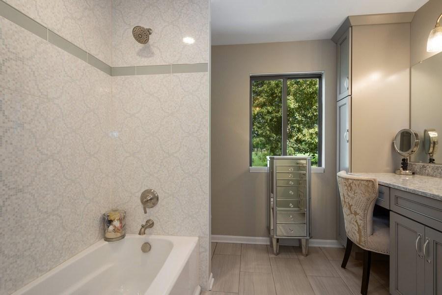Real Estate Photography - 163 N. Shoreline Road, Lake Barrington, IL, 60010 - Master Bathroom