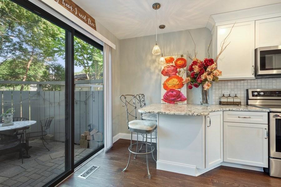 Real Estate Photography - 163 N. Shoreline Road, Lake Barrington, IL, 60010 - Kitchen