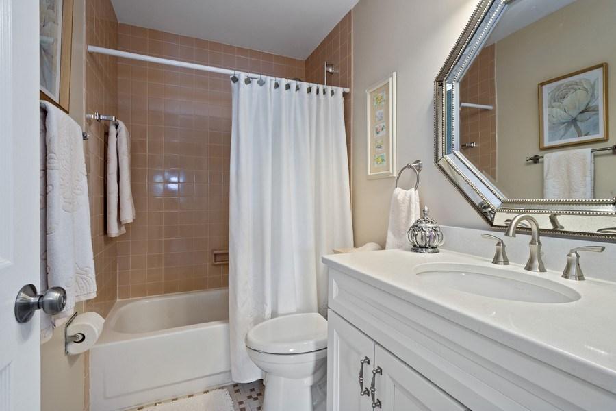 Real Estate Photography - 163 N. Shoreline Road, Lake Barrington, IL, 60010 - Bathroom