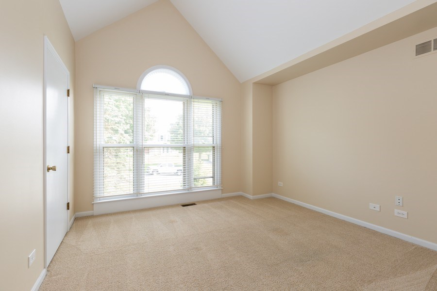 Real Estate Photography - 1305 Gaslight Drive, Algonquin, IL, 60102 - 4th Bedroom