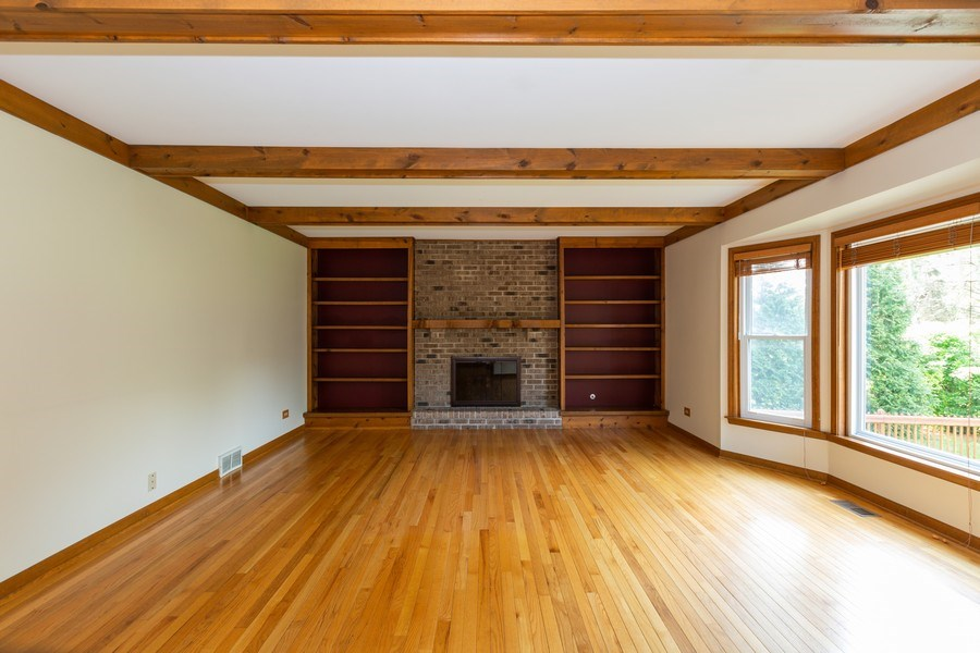Real Estate Photography - 1305 Gaslight Drive, Algonquin, IL, 60102 - Family Room