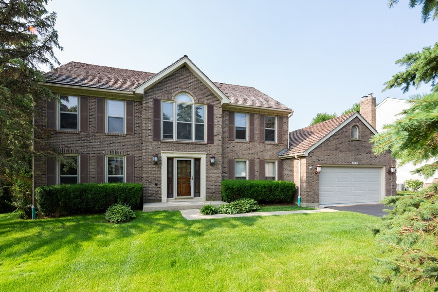 Real Estate Photography - 1305 Gaslight Drive, Algonquin, IL, 60102 - Front View