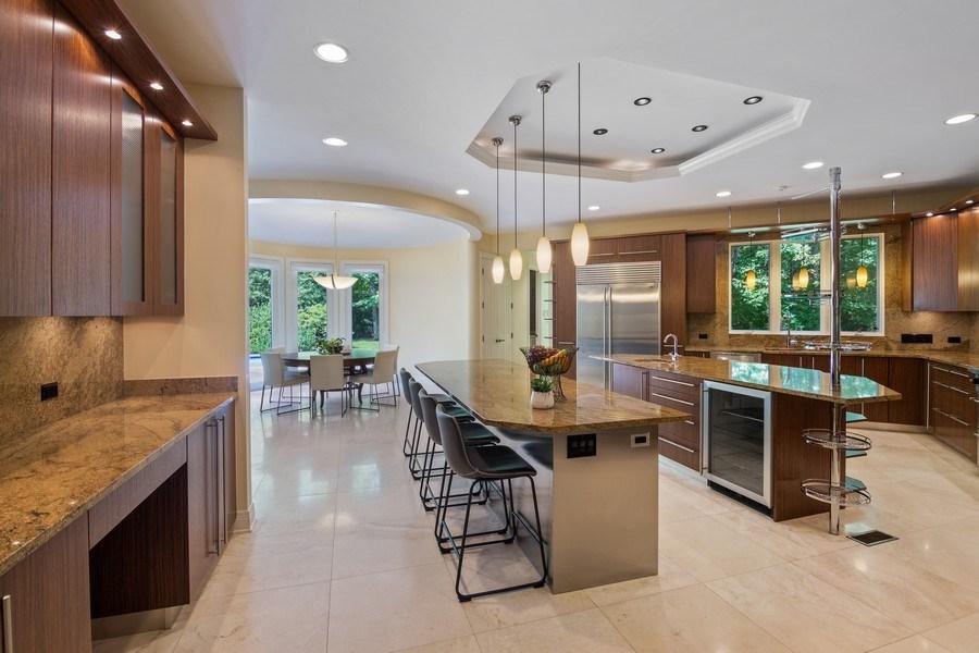 Real Estate Photography - 1660 ROBINWOOD Lane, Riverwoods, IL, 60015 - Kitchen