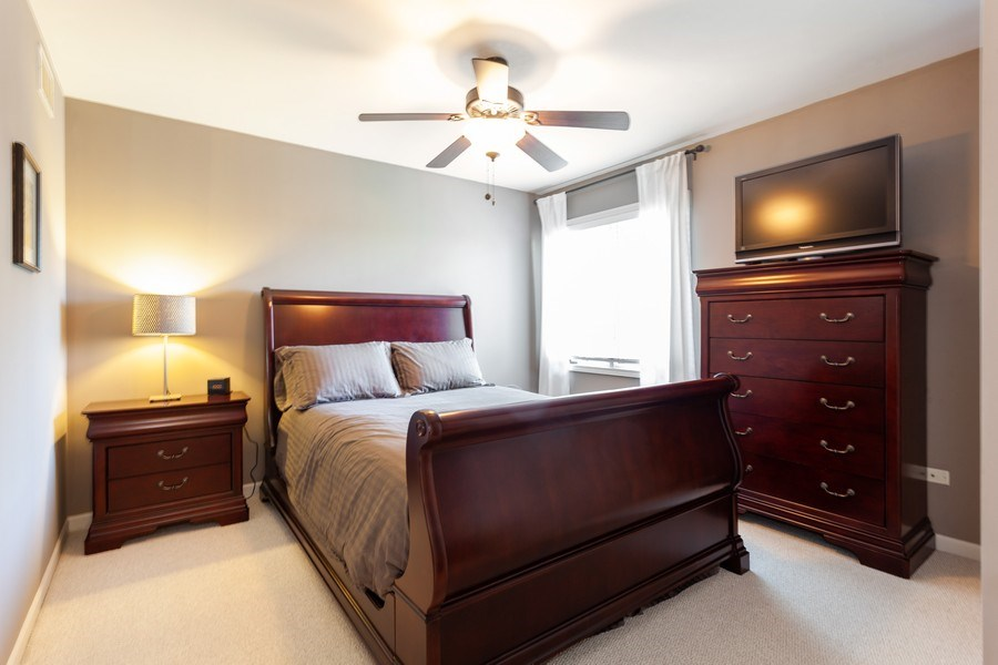 Real Estate Photography - 7 Fenview Ct, Bolingbrook, IL, 60440 - 3rd Bedroom