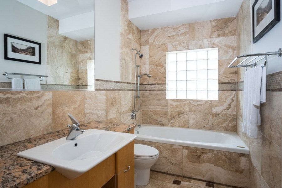Real Estate Photography - 1717 N. HERMITAGE Avenue, Chicago, IL, 60622 - Bathroom