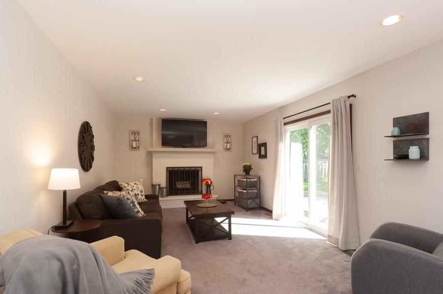 Real Estate Photography - 3027 N. Huntington Drive, Arlington Heights, IL, 60004 - Family Room