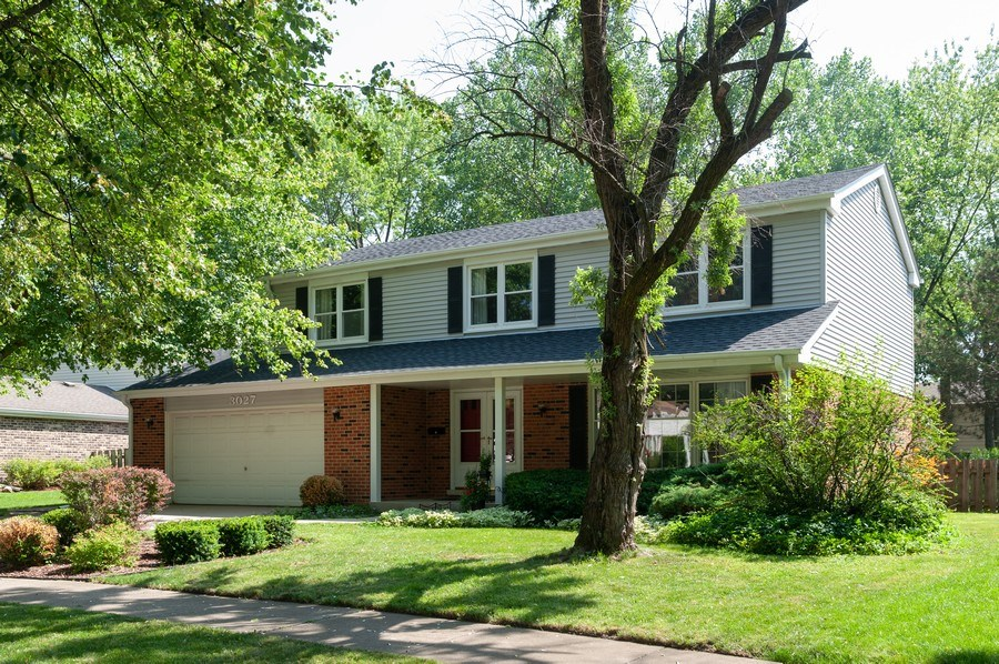 Real Estate Photography - 3027 N. Huntington Drive, Arlington Heights, IL, 60004 - Front View