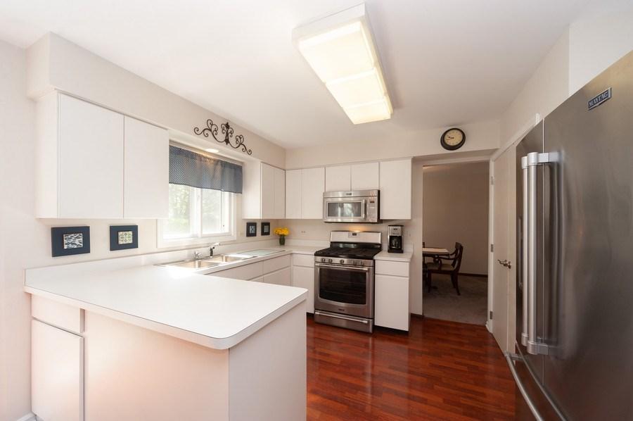 Real Estate Photography - 3027 N. Huntington Drive, Arlington Heights, IL, 60004 - Kitchen