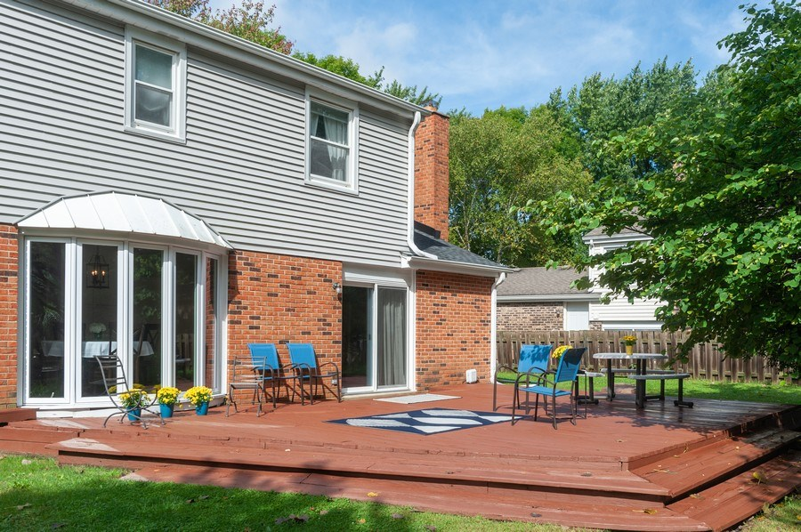 Real Estate Photography - 3027 N. Huntington Drive, Arlington Heights, IL, 60004 - Patio