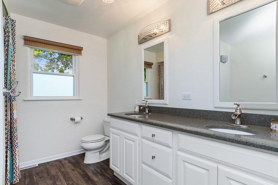 Real Estate Photography - 317 West Gartner Rd, Naperville, IL, 60540 - Bathroom