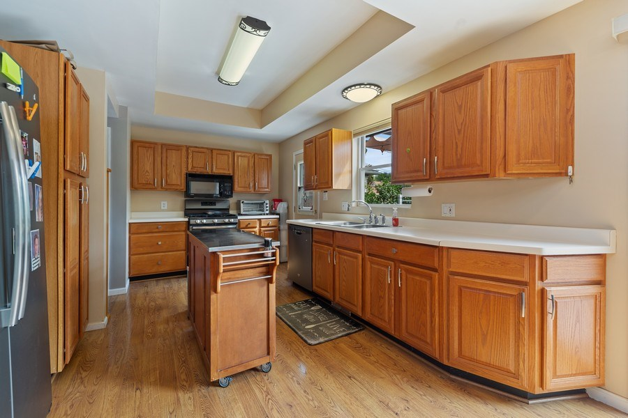Real Estate Photography - 3517 Park Avenue, Brookfield, IL, 60513 - Kitchen