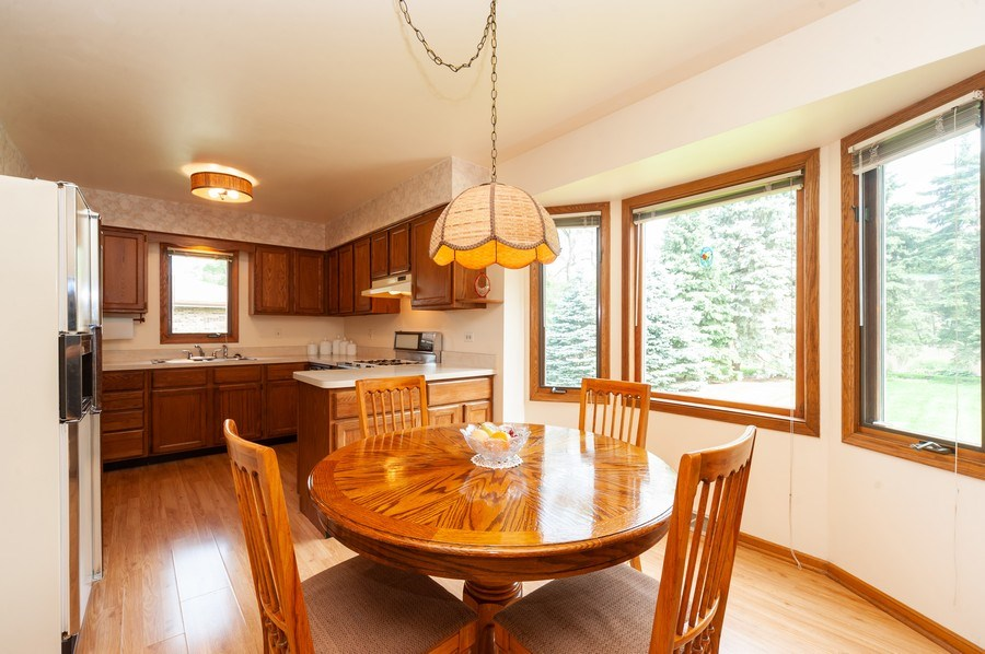 Real Estate Photography - 1212 W. Vine Street, Arlington Heights, IL, 60005 - Breakfast Area