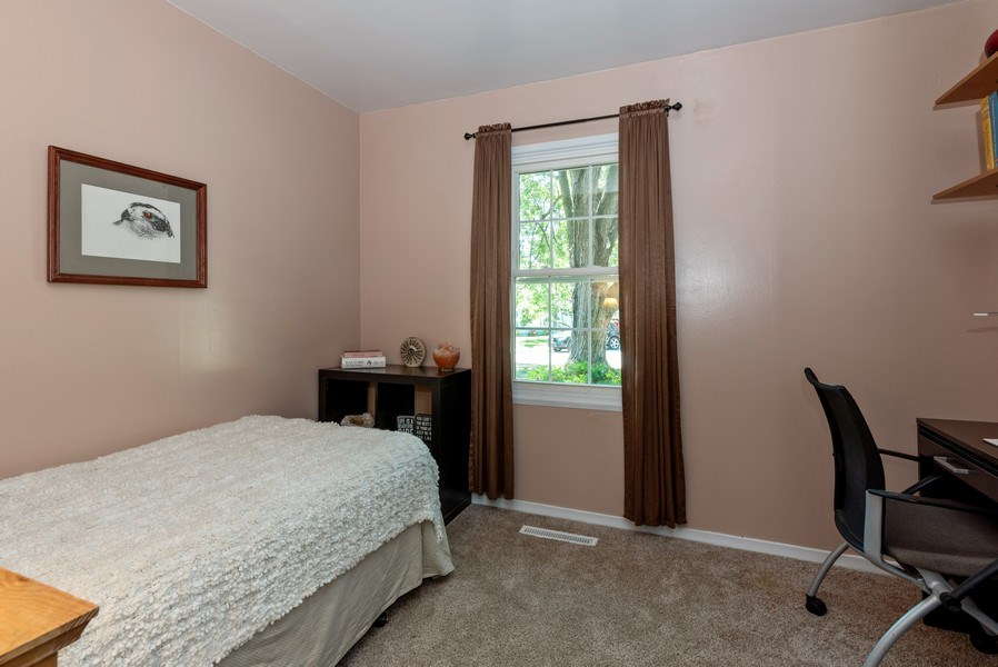 Real Estate Photography - 806 Spruce Court, Streamwood, IL, 60107 - 2nd Bedroom