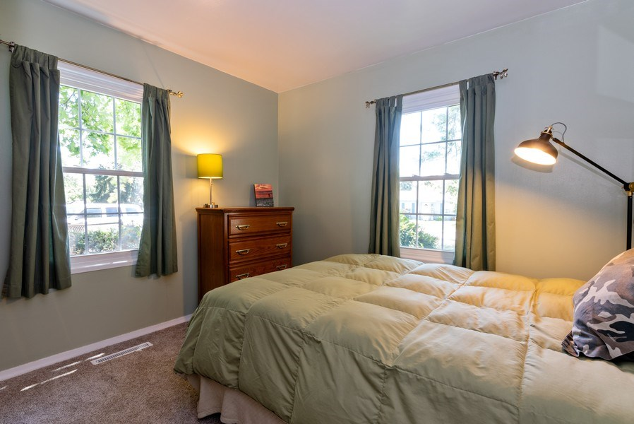 Real Estate Photography - 806 Spruce Court, Streamwood, IL, 60107 - 3rd Bedroom