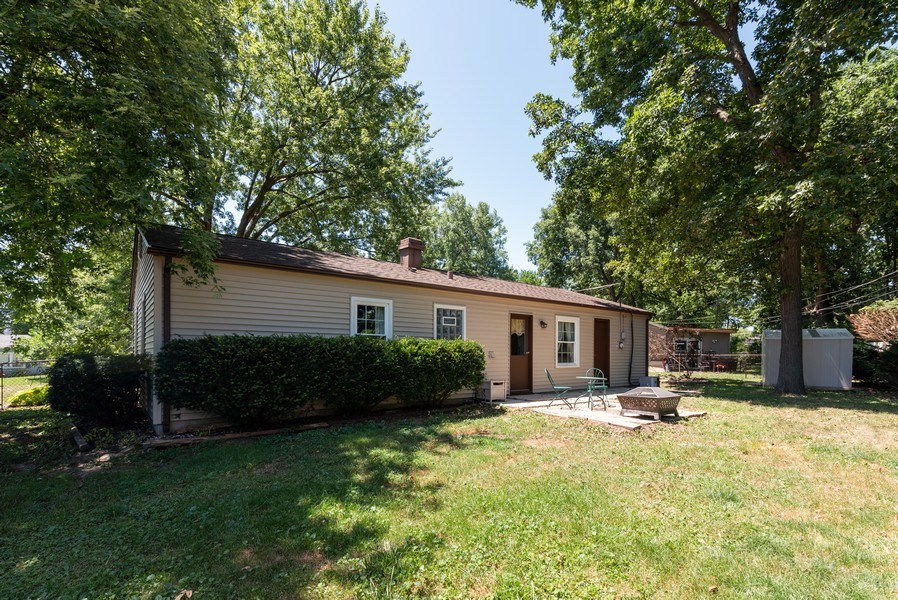 Real Estate Photography - 806 Spruce Court, Streamwood, IL, 60107 - Rear View