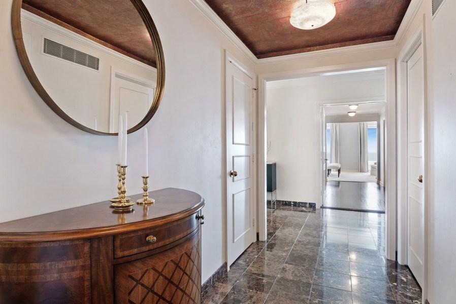 Real Estate Photography - 161 E. CHICAGO Avenue, Unit 37A, Chicago, IL, 60611 - Foyer