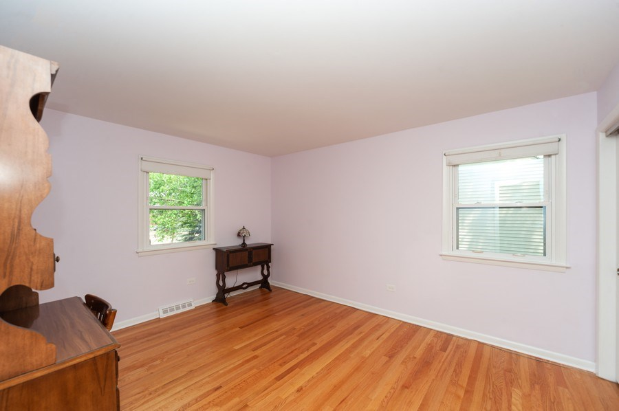 Real Estate Photography - 210 E. Maude Avenue, Arlington Heights, IL, 60004 - 3rd Bedroom