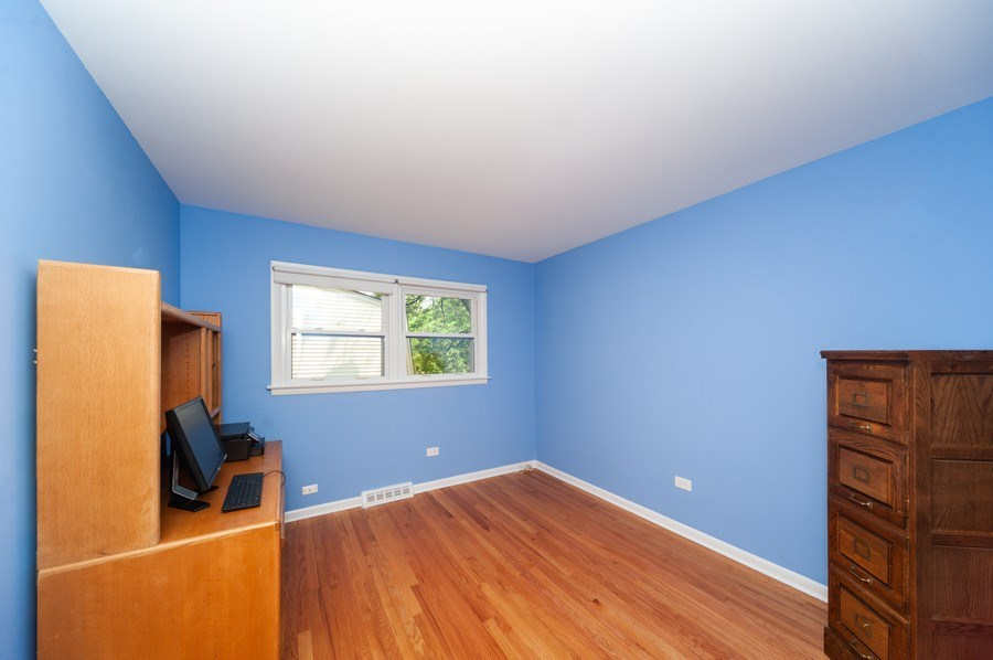 Real Estate Photography - 210 E. Maude Avenue, Arlington Heights, IL, 60004 - 4th Bedroom