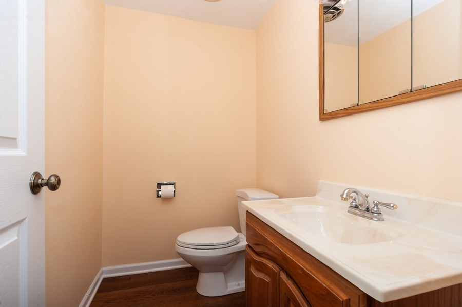 Real Estate Photography - 210 E. Maude Avenue, Arlington Heights, IL, 60004 - 2nd Bathroom