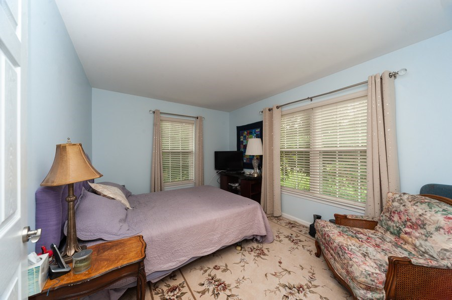 Real Estate Photography - 2748 N. Greenwood Avenue, Arlington Heights, IL, 60004 - 2nd Bedroom