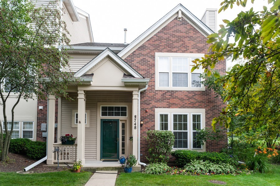 Real Estate Photography - 2748 N. Greenwood Avenue, Arlington Heights, IL, 60004 - Front View