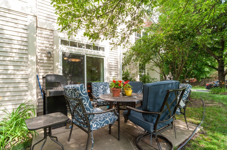 Real Estate Photography - 2748 N. Greenwood Avenue, Arlington Heights, IL, 60004 - Patio