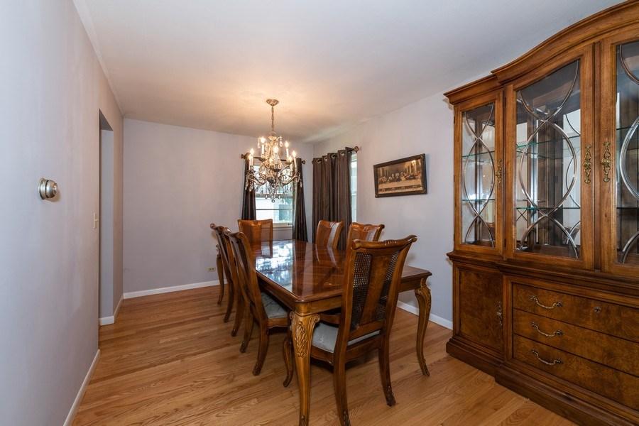 Real Estate Photography - 313 West Gartner Rd, Naperville, IL, 60540 - Dining Room