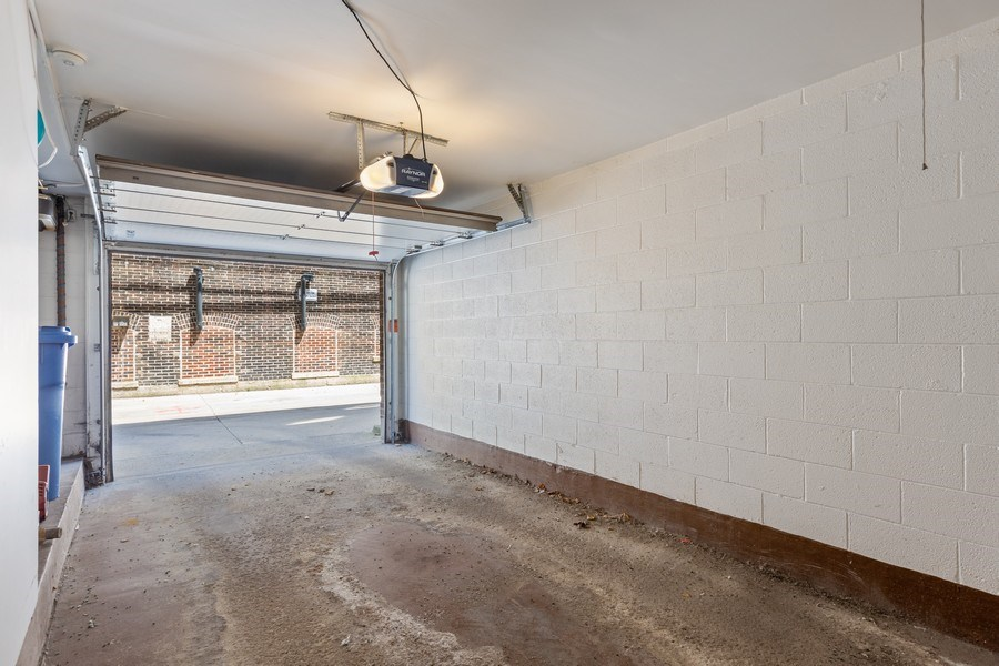 Real Estate Photography - 1307 North Sutton Pl, Chicago, IL, 60610 - Garage