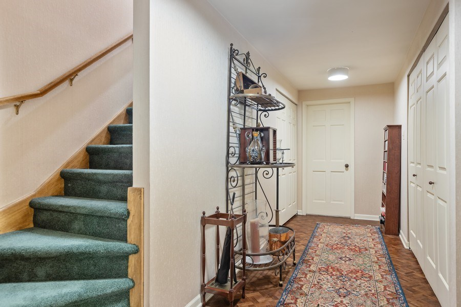 Real Estate Photography - 1307 North Sutton Pl, Chicago, IL, 60610 - Hallway