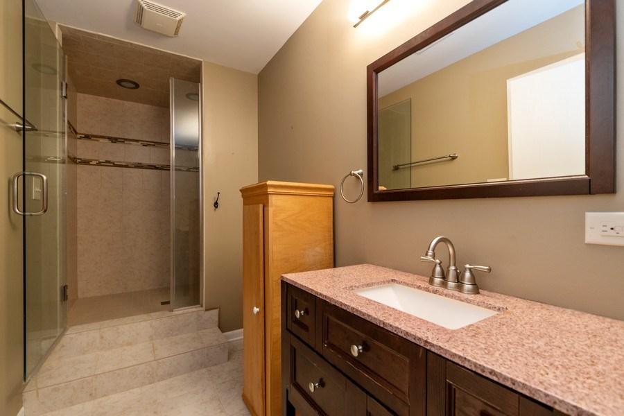 Real Estate Photography - 19641 Woodside Drive, New Lenox, IL, 60451 - Bathroom