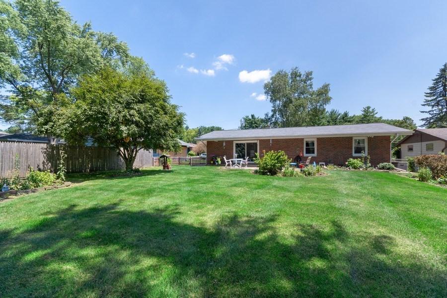 Real Estate Photography - 915 S. Jackson Street, Batavia, IL, 60510 - Back Yard