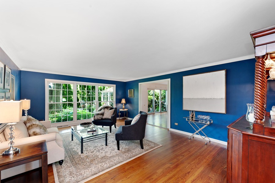 Real Estate Photography - 1141 Oak Ridge Circle, Barrington, IL, 60010 - Living Room